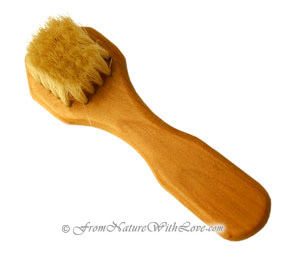 Small Hexagonal Complexion Brush